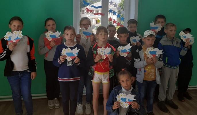 Мастер-класс по изготовлению сувенира «Сердечко - Я люблю Россию»