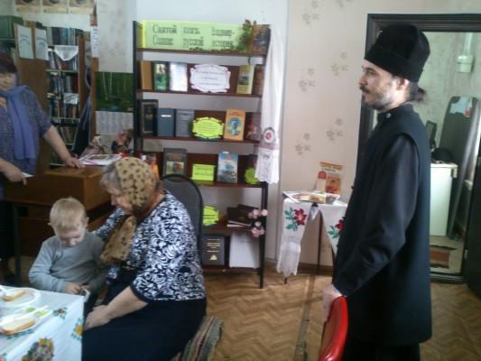 В Хворостянской сельской библиотеке прошел час православия