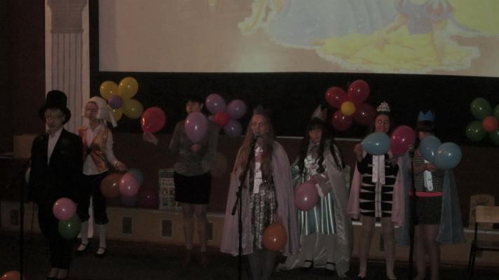 Театрализованное открытие Недели детской и юношеской книги «БАЛ КОРОЛЕВЫ КНИГИ»
