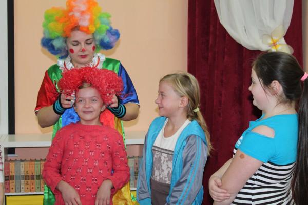 Клоун Чупа в гостях у ребят