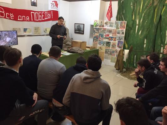 Выставка «Письма и посылки военных лет» становится популярной.