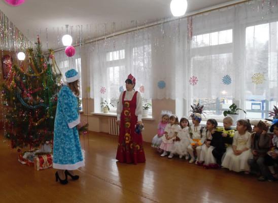 Театрализованное представление «Новогодние приключения»
